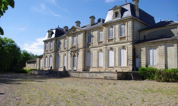 Château de<br/> Guilhemanson <br/>Saint Émilion Grand Cru